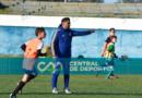 Futbolistas de los clubes locales en una nueva prueba de Boca
